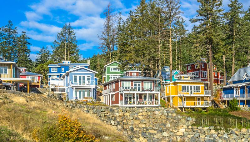 Spirit Bay Waterfront Living