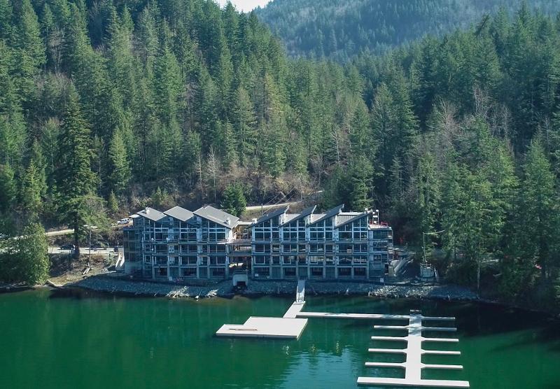 Lakeside Cultus Lake